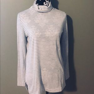 Loft grey and white turtle neck
